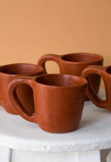 Baro Rojo Mugs