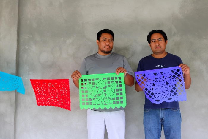 Papel picado : an ephemeral art